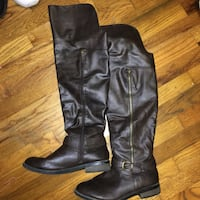 Pair of brown leather boots (knee high) Eugene, 97405