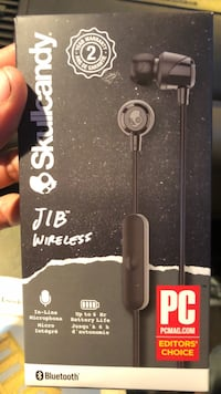 Brand new wireless headphones with microphone Seattle, 98133