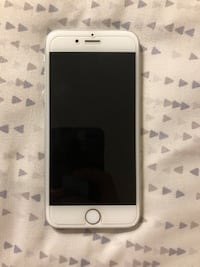 Silver iphone 6 with case unlocked Vancouver, V5Z 1C7