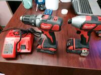 Milwaukee 2 drills combo kit 18v Toronto