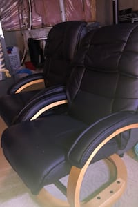 Two chair in very condition  Calgary, T2W 5B5