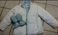 Plus size womans coat/gloves American Fork, 84003
