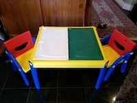 6 pieces strong, detachable, storage table and  2chairs  North Vancouver, V7N 2L1