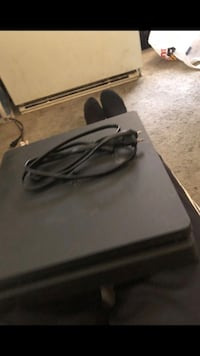 Ps4 slim no controllers etc only cords Hyattsville, 20784