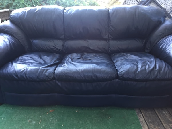 Used Navy Blue Leather Sofa for sale in Greenville - letgo