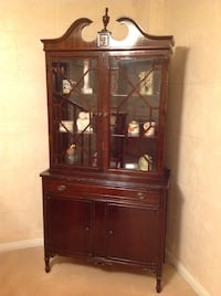 Antique buffet hutch Milton, L9T 5T5