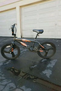 bike great conditions but it has flat best tires Anaheim, 92804