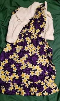 Purple dress with lilies childrens Tempe, 85281