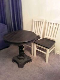 Table with 2 chairs  Newport News, 23608
