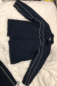 Nike track suit  Vancouver, V6B 1R3