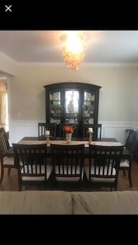 Beautiful brand new dining set!