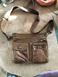 Roots leather crossbody Southwold, N5P