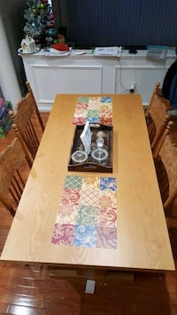 Wooden dining table with 4 chairs. Fairfax County, 22033