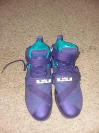Men LeBron James size 9 Odenton, 21113