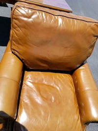 Leather chair and ottoman  Ocala, 34474