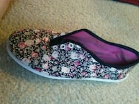 black-and-pink floral slip-on shoes Winter Haven, 33884