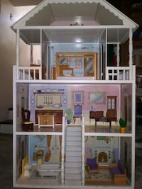 Kid Kraft 3 story doll house