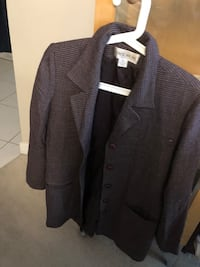 Jones Wear size 12 lined long blazer asking $8  Burnaby, V5E 0A4