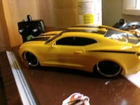 yellow coupe die-cast model Allentown, 18101
