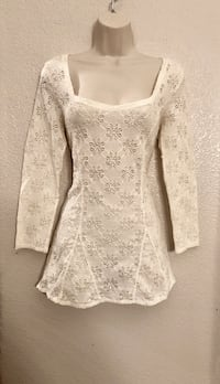 NWOT beautiful Free People Top. Sz L Las Vegas, 89144