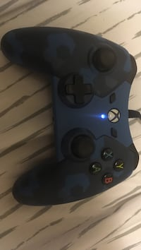 blue and black Xbox One corded game controller Chattanooga, 37416