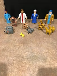Bible Hard Plastic Figures & Wooden Animals Cibolo, 78108
