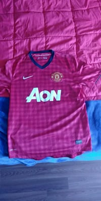 Manchester united jersey size m Nanaimo, V9R 1W6
