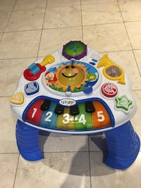 Table musicale Bebe - baby Einstein Laval, H7K 2S7