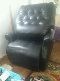 Lift chair.. leather electric
