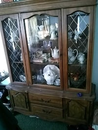 Vintage China cabinet Whittier, 90603