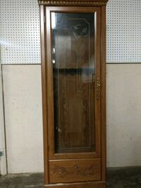 brown wooden framed glass display cabinet Chambersburg, 17202