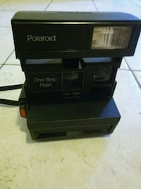 Polariod One Step Flash