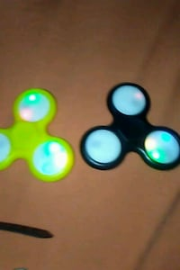 Glow in yje dark fidget spinners​ Washington, 20020