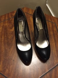 Steve Madden black shoes (size 8 ) excellent condition London, N5Y 4K5