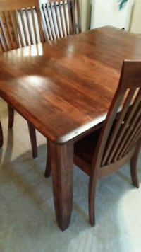table with 6 high back chairs Hagerstown, 21740