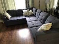 Brand new in box, large fabric sectional sofa in grey or blue on sale 多伦多, M1S 4A9