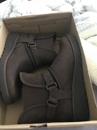 brown leather harness booties UGG brand new with the box Surrey, V4N 0Z5