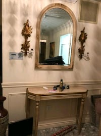 elegant mirror with candle scones and table  Mississauga, L4T 3M9