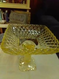 Thick glass dish. Cranberry Township