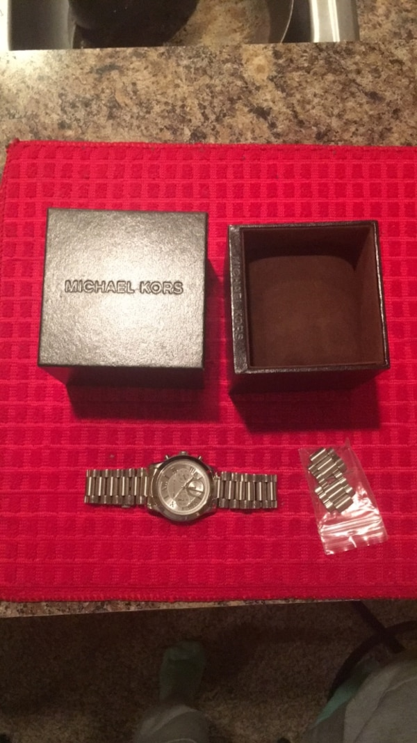 7ffb6f2fe801 Used Silver Michael Kors Watch for sale in Lawrenceville - letgo
