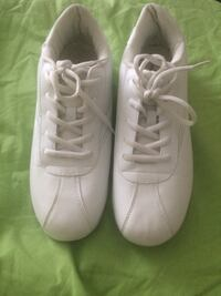 Cheer shoes size 10 women