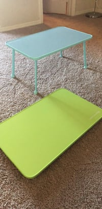 green and blue melamine laptop or breakfast trays/ standing table Port Arthur, 77642