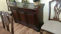 Dining table with hutch Gastonia