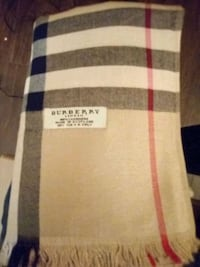 Brand new 100% authentic cashmere burberry scarf  Surrey, V3T 3A1