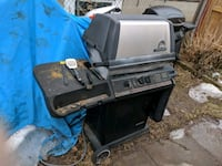 black and gray gas grill Toronto, M1H 2L1