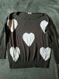 Small Oversized Heart Sweater Simcoe