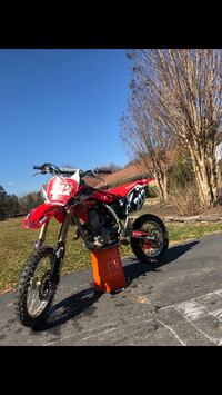 2016 CRF150RB Catharpin