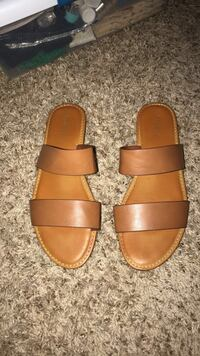 pair of brown leather sandals Madera Ranchos, 93636