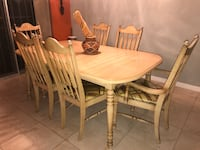 Dining room table and chairs  Miami Gardens, 33169
