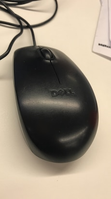 black Dell corded mouse